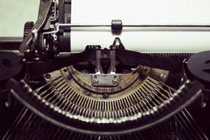 #speaktocamera image of old typewriter